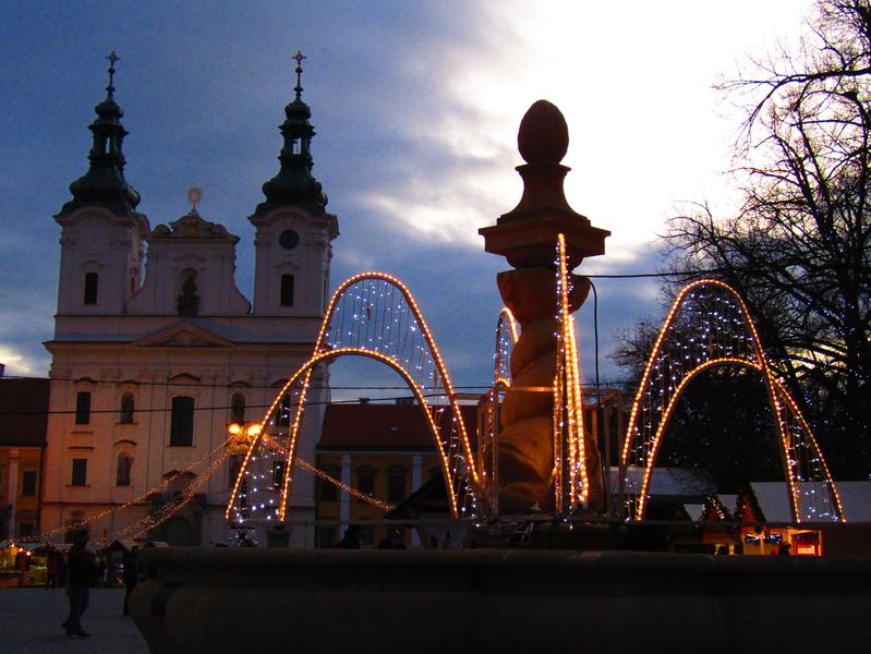 Masarykovo náměstí se světelnou dekoraci