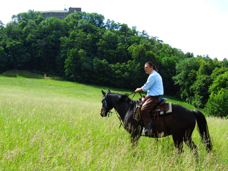 výjižďka na koni před Hradem Buchlov