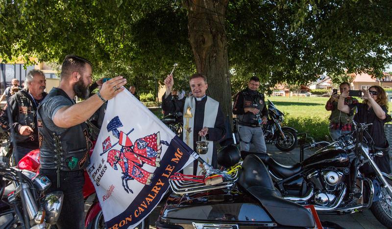 Žehnání motorkářů z IZS.