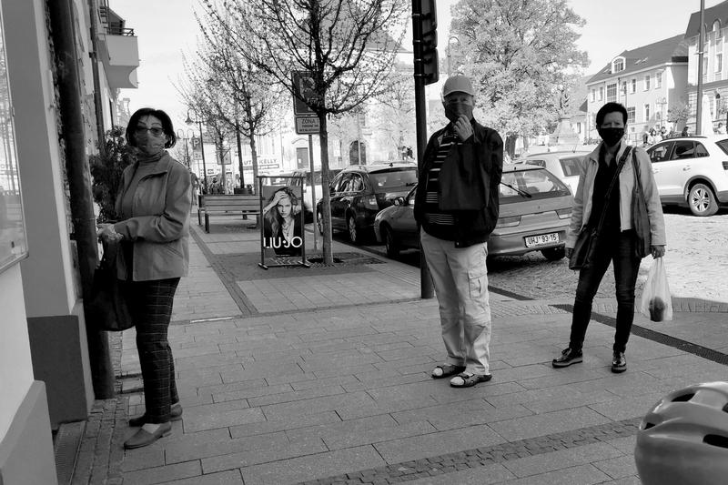 Covid - Čekání na noviny