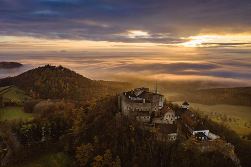 hrad Buchlov se Slováckým mořem